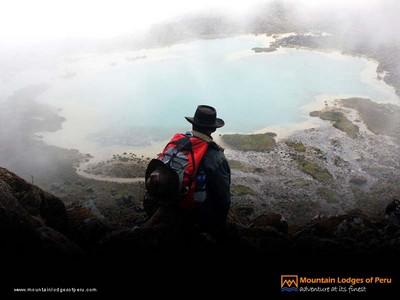 Spektakuläre Aussichten auf dem Inka-Trail nach Machu-Picchu